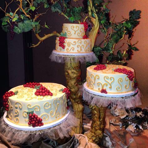 italian themed wedding cake grapes italianwedding winethemedcake my cakes