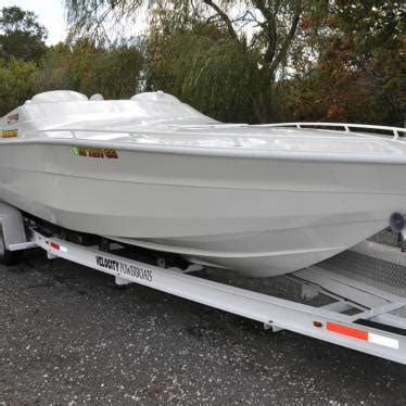 speed boat velocity velocity 28 speedboat 2001 for sale for 41 500 boats
