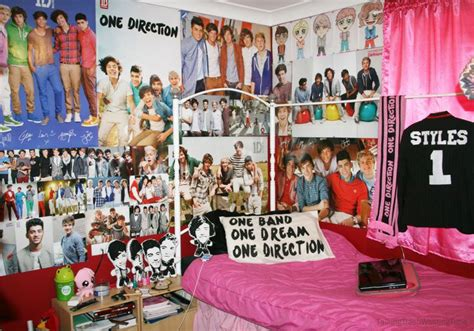 room direction 21 best images about 1d bedrooms on harry styles wasting time and 16 year