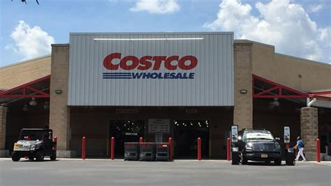 Costco Corporate Office by Riderswest