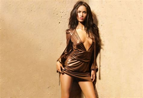 top 10 sexiest hollywood actresses hot women in hollywood top 10 sexy and hot hollywood actresses in 2018