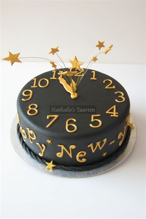 new year cake decoration top 10 new year s ideas diy crafts and