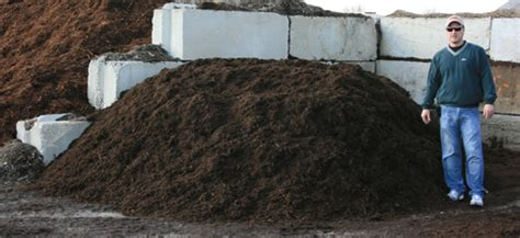landscape supply high quality mulch delivery illinois