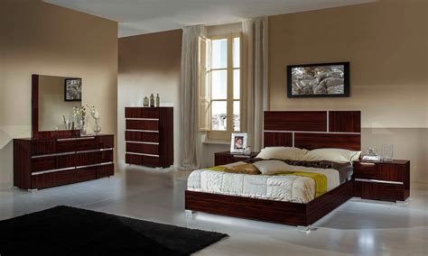 Contemporary Italian Bedroom Furniture Picasso Italian Modern Lacquer Bedroom Set