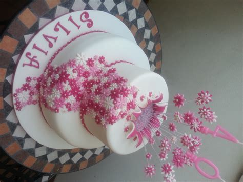 torte di fiori torta esplosione di fiori cuginette sul g 226 teau