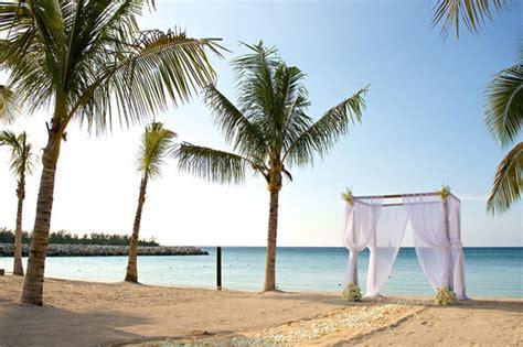 weddings by funjet riu palace jamaica destination wedding giveaway sponsor - Jamaica Giveaway