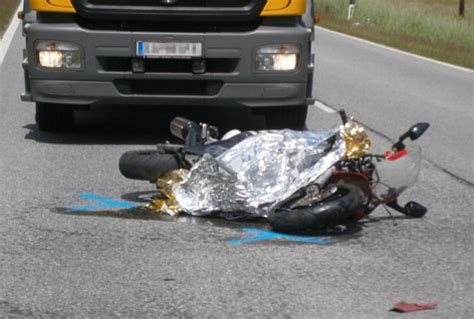 Motorradunfall Oberstaufen by T 246 Dlicher Motorradunfall In Nauders Tirol Orf At