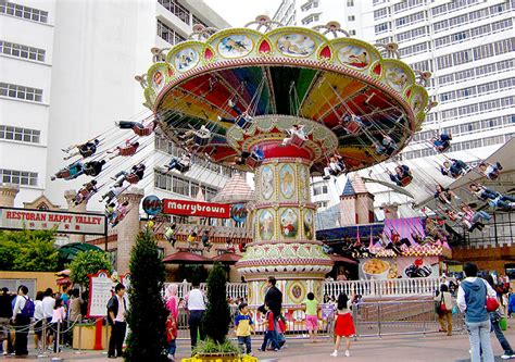 theme park genting 4day3night hotel airport transfer countryside batu