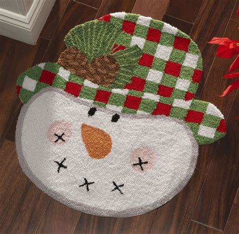 christmas accent rugs i see a mug rug here rustic country snowman holiday