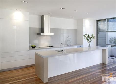 kitchen benchtop designs stone benchtop and contrasting sides kitchen colours