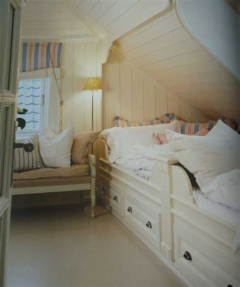 alcove bed 1000 images about sleeping nooks on pinterest nooks
