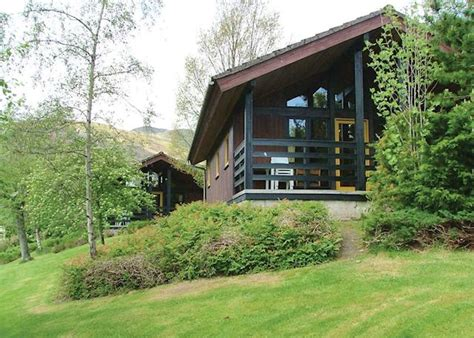 Holidays In Scotland Log Cabins by Lochearnhead Loch Side Lodges