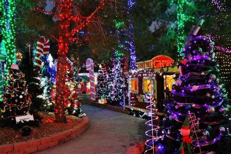 best christmas lights las vegas 2018 best decorations in las vegas 2017 billingsblessingbags org