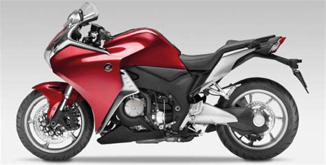 hondanin yeni motosiklet modeli showroomlarda haberler