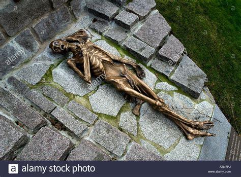 pere la chaise paris france pere lachaise cemetery cimetiere du pere