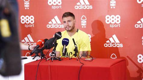 Kaos Nicklas Bendtner kaos i bendtners klub sjusket ejer har fundet en ny k 248 ber