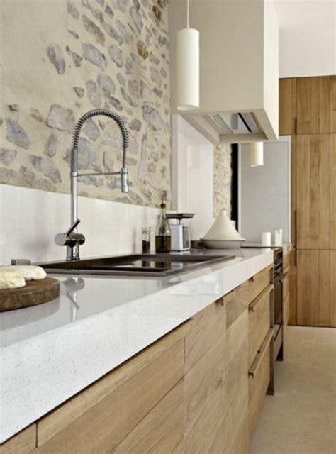 cuisine blanche et bois clair 53 variantes pour les cuisines blanches