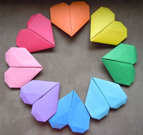 How To Make A Paper Hart - how to make origami paper in just five minutes