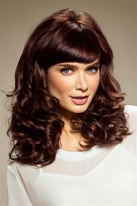 frisuren mittellang  die trends fuer den winter