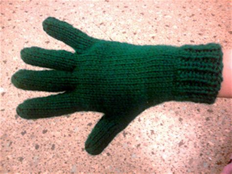 knitted gloves with fingers pattern ravelry bryanna s two needle gloves pattern by bryanna