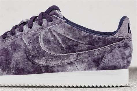 Nike Cortes 4 nike wmns cortez classic lx velvet purple le site de la