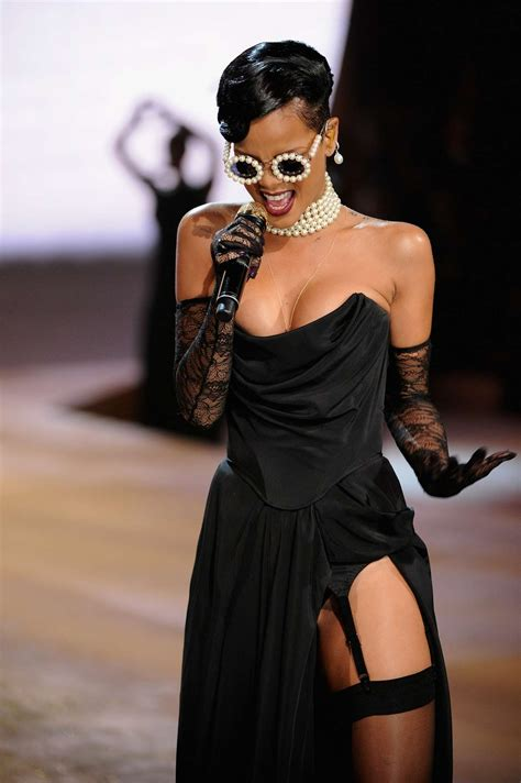 fashion show 2012 rihanna rocks catwalk at s secret fashion show