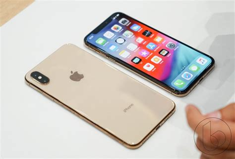 iphone max iphone xs and iphone xs max on it doesn t get more premium
