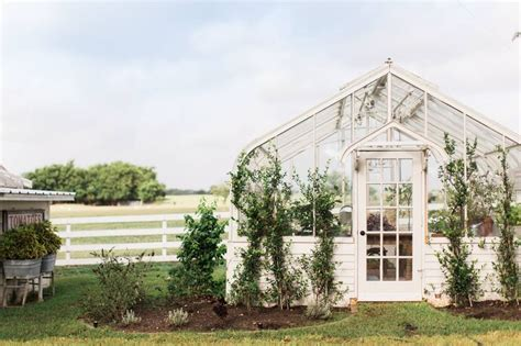 chip and joanna gaines garden magnolia farms chip and joanna gaines all things