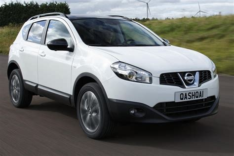 nissan dualis 2013 nissan qashqai 360 suv 2013 interior front carbuyer