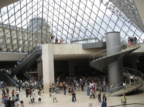 ingresso al louvre museo louvre this site is the cat s