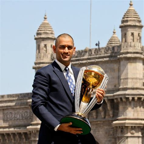 kings offer hope of checking world cup run riot daily mail online team india is wc favourite for hockey defender vr