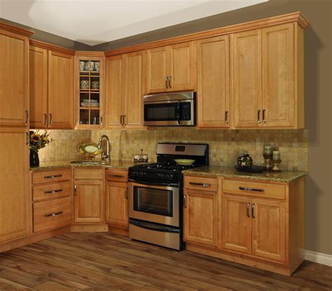 refinished maple cabinets to decobizz - Maple Kitchen Cabinets