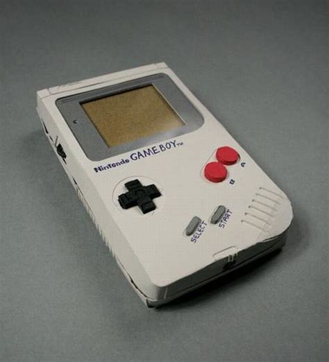Nintendo Papercrafts - nintendo gameboy papercraft 15 pics