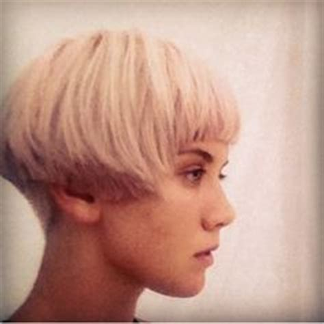 best short hair length to show cheek bones 1000 images about adventures in cheek length bobs on