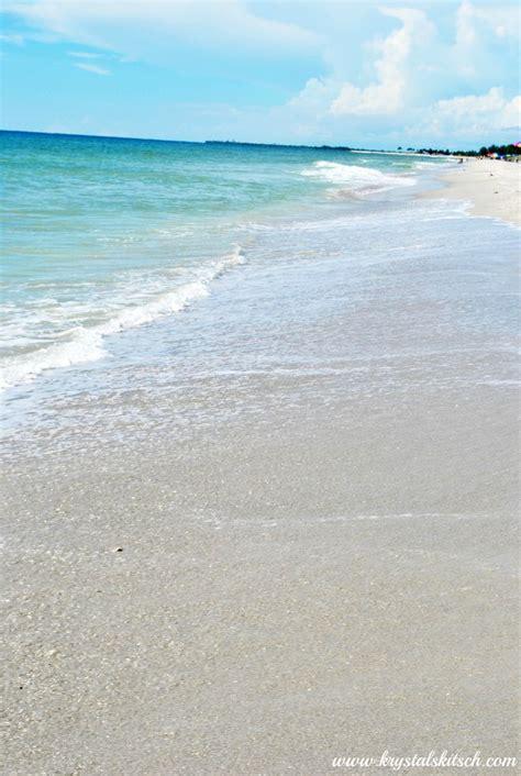 friendly beaches florida 25 b 228 sta sanibel island restaurants id 233 erna p 229