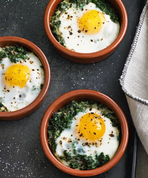 6 Ingredient Breakfast: Baked Eggs with Spinach & Cream   Williams Sonoma Taste
