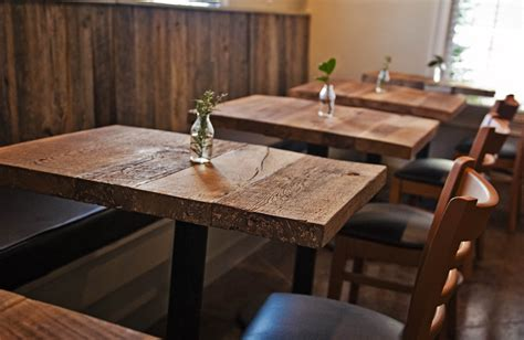 table in restaurant crowdbuild for