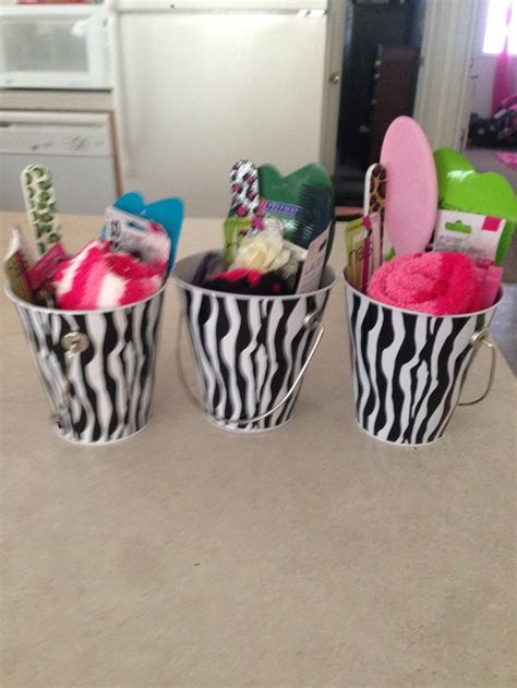 Ideas For Baby Shower Prizes by Baby Shower Food Ideas Baby Shower Ideas For Guests
