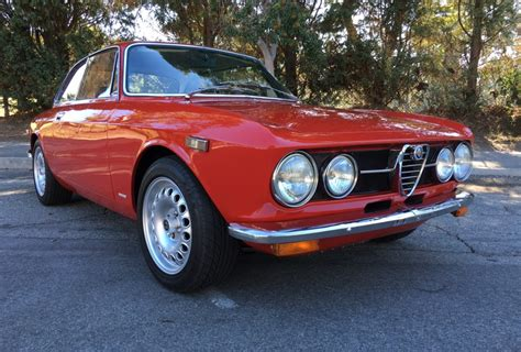 Alfa Romeo 1750 Gtv by 1971 Alfa Romeo Gtv 1750 For Sale On Bat Auctions Sold