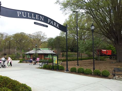 raleigh park family at pullen park