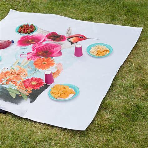 decke selbst gestalten picknickdecke selbst gestalten decke mit foto bedrucken