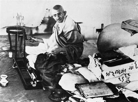 biography of mahatma gandhi in 300 words mahatma gandhi on his conviction for sedition bargad
