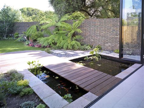 pictures of fish ponds in backyards 67 cool backyard pond design ideas digsdigs