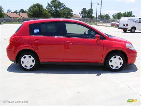 red nissan versa 2009 red alert nissan versa 1 8 s hatchback 10838903