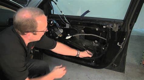lfitting verwijderen removing bmw door panel replacing window regulator youtube