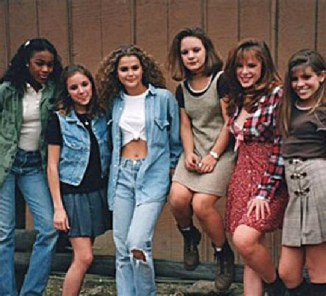 17 Best ideas about 90s Style on Pinterest   Mom jeans