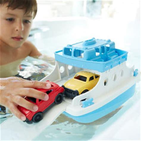 toy boats for bathtub amazon com green toys ferry boat with mini cars bathtub