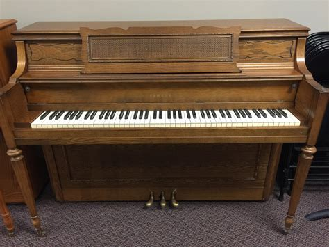 console piano used yamaha oak console piano