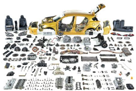 Disassemble Process for a Damaged Vehicle   Auto body