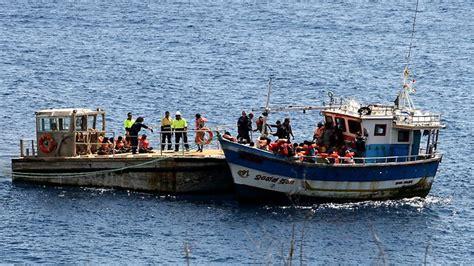refugee boat australia boats sinking our refugee program the australian